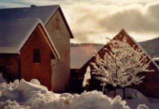 Haus_Westseite_im_Winter