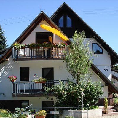 Hot-Sankt-Peter-Luisenhöhe-001-e1519658201392-398x398