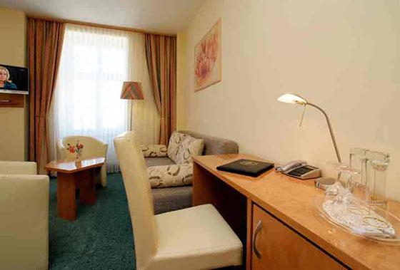 hotel kranich saalburg