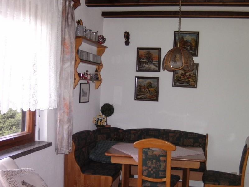sitzecke-im-wohnzimmer
