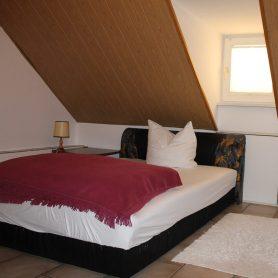 apartement-schlafzimmer