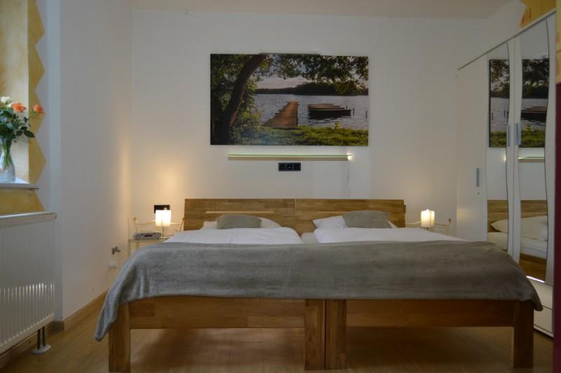 Schlafzimmer-DSC_0262