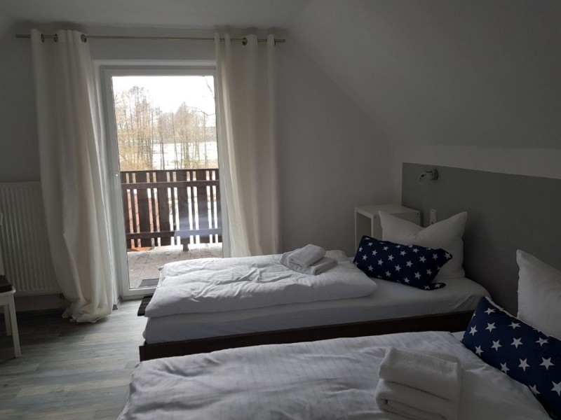 2-schlafzimmer-im-dg-betten-bei-paarbeleg-als-doppelb