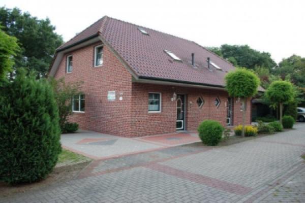 1478_ferienhaus-haensel-und-gretel_aussenansicht_thb