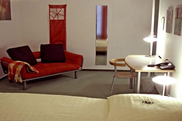 733_hotel-artemisia_zimmer2_thb