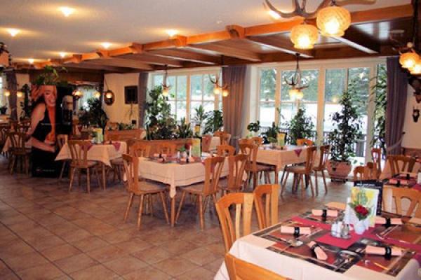 921_restaurant_thb
