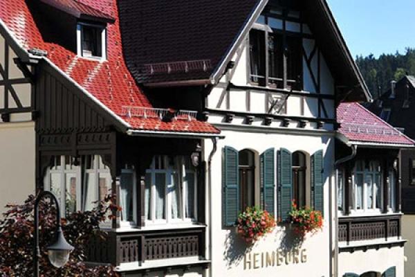 49_hotel-pension-heimburg_aussenansicht_thb