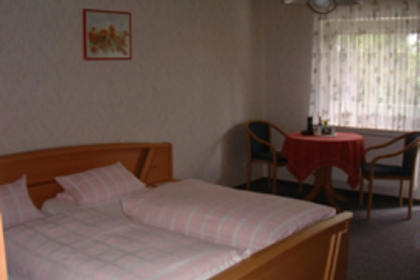 1475_pension-odenwald_zimmer_thb