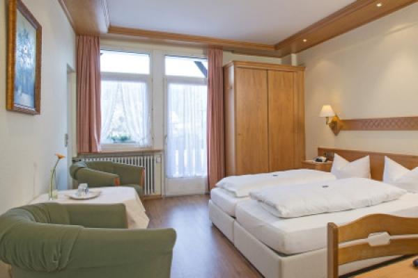 1428_hotel-restaurant-schwarzwaldhof-gutzweiler_doppelzimmer_thb