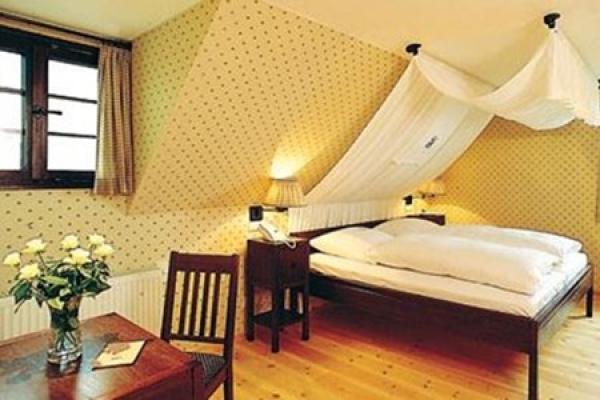 1364_hotel-restaurant-burg-windeck_zimmer_thb