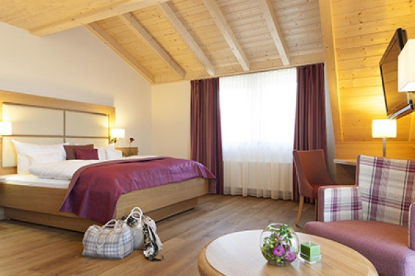 1085_hotel-roessle-bernau_doppelzimmer_thb