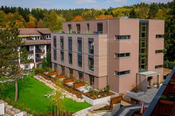 513_hotel-waldeck_aussenansicht_thb