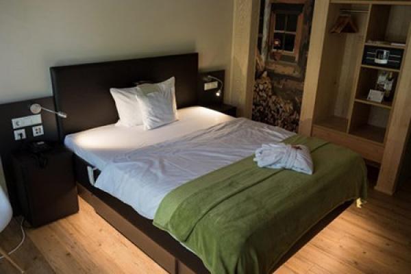 513_hotel-waldeck_schlafzimmer_thb