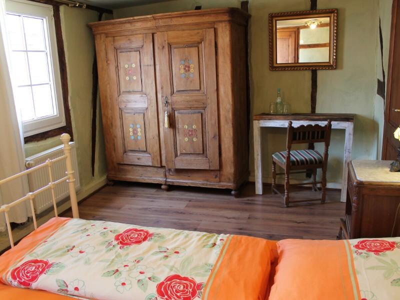 schlafzimmer-4-1-etage