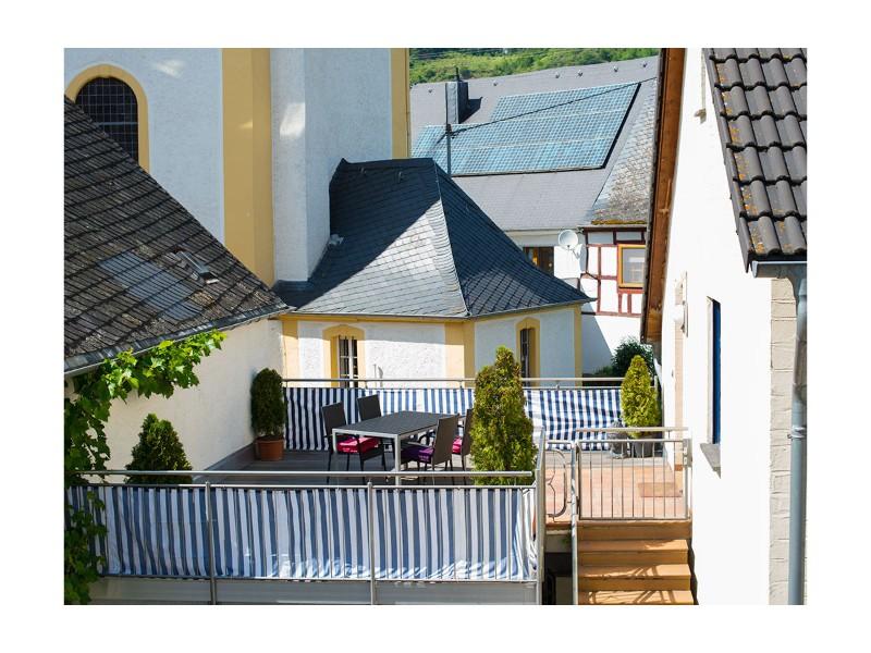 terrasse-gaestehaus-marienburg
