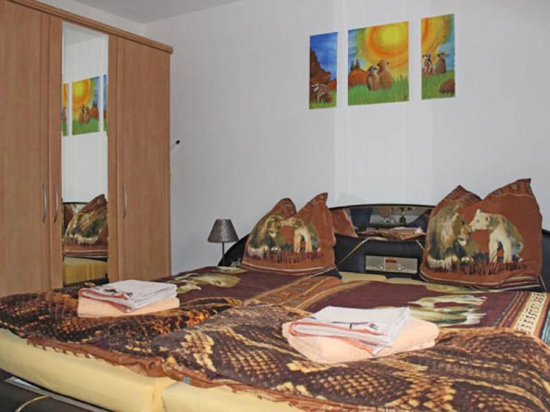 grosses-schlafzimmer-2